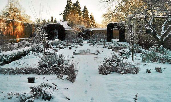 Сад и огород зимой