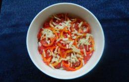 Теплый салат с баклажанами